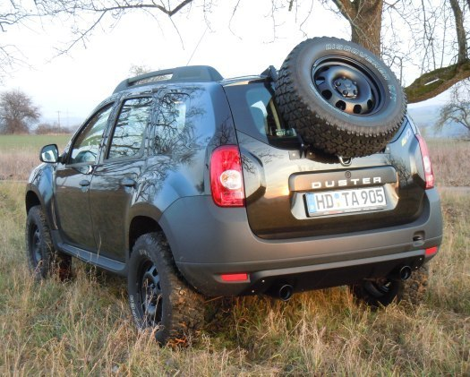 bilder dacia duster offroad schwarz breit hoch. Black Bedroom Furniture Sets. Home Design Ideas